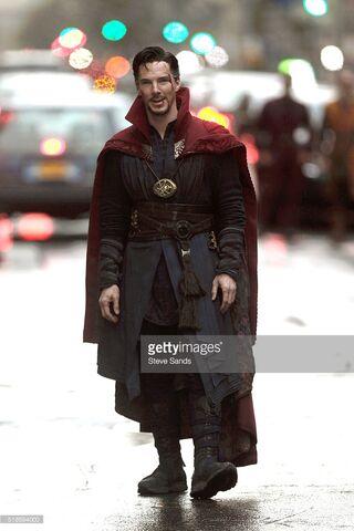 File:Doctor Strange Filming 45.jpg