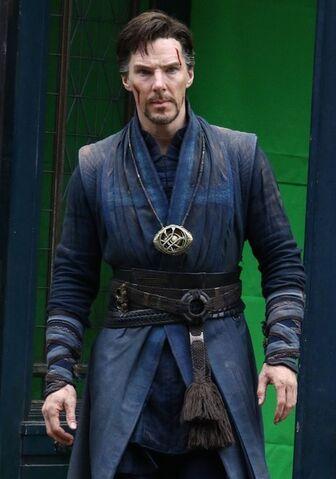 File:Doctor Strange Filming 73.jpg
