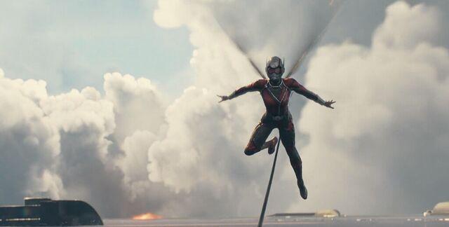 File:Janet van Dyne Wasp Ant-Man 2.JPG