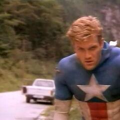 Matt Salinger as Rogers in the 1990 film.