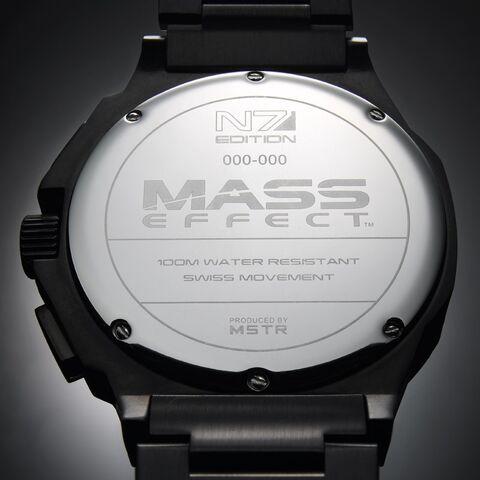 File:Etc-watch-me-n7mstr-back.jpg