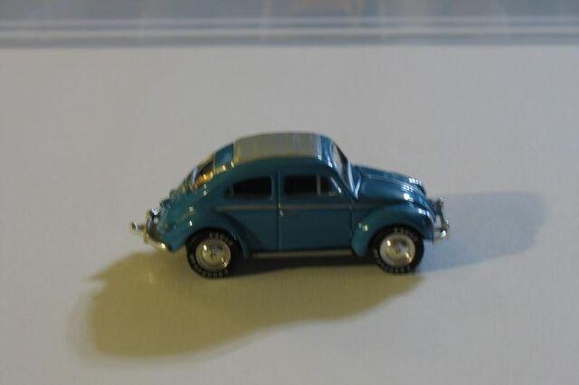 File:62 VW BEETLE BLUE GRAY TOP.jpg
