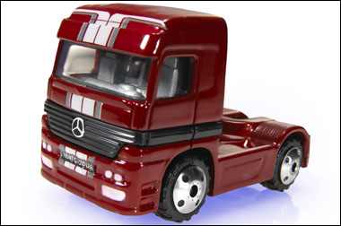 File:Mercedes-BenzActros2005.png