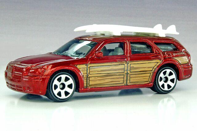 File:Matchbox Dodge Magnum - 0988ef.jpg
