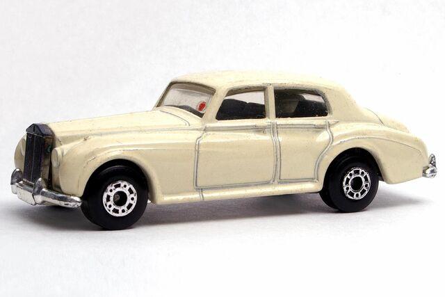 File:Rolls-Royce Silver Cloud - 3085df.jpg
