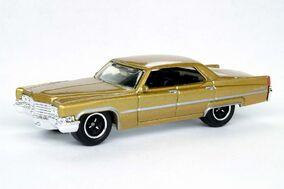 '69 Cadillac Sedan DeVille Gold - 8137cf