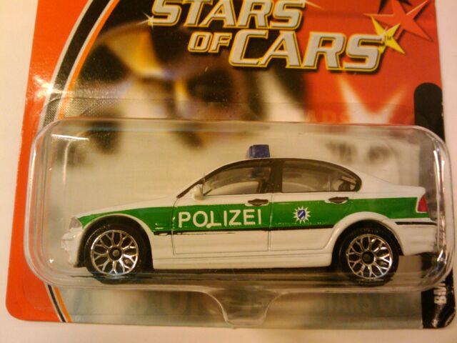 File:Stars of Cars BMW 328i.jpg