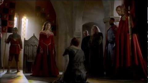 "Merlin 5x01 ""Arthur's Bane - part 1"" Gwen catches a traitor"