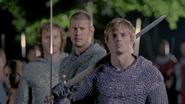 Arthur leads the attack to retake Camelot