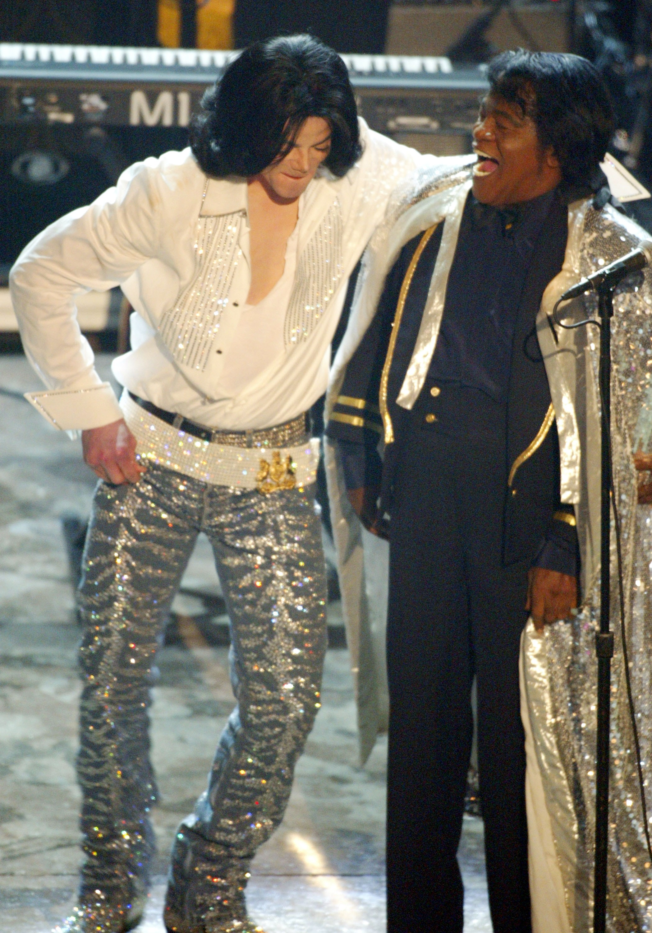 File:Michael-jackson-and-james-brown-at-bet-awards-2003-209x300.jpg