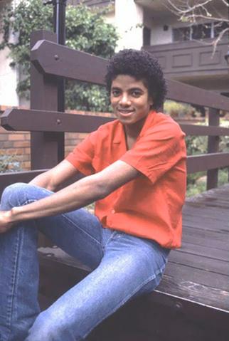 File:Michael Jackson A Rare Picture 6.png