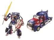 Tf4-optimus-bot-and-truck