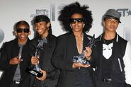 Mindless-behavior-9497c432-ee8c-41b3-80fa-675eee144c23