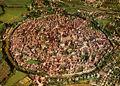 Stadtmauer von Nördlingen.jpg