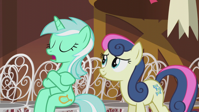 File:Lyra gives Sweetie Drops a cold hello S5E9.png