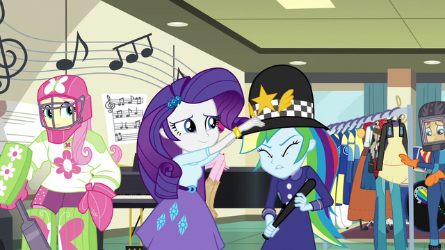 File:Rarity puts custodian helmet on Rainbow's head EG3.png