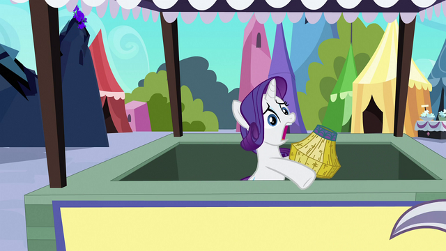 File:Rarity finishes making basket S3E2.png