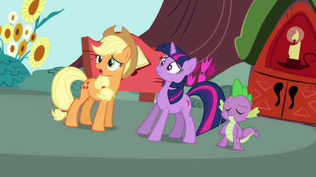 File:Applejack with Twilight and Spike S3E03.png