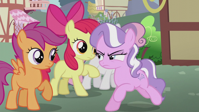 File:Diamond gallops right past CMC S5E18.png