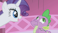 Spike swallowing his fist S01E03