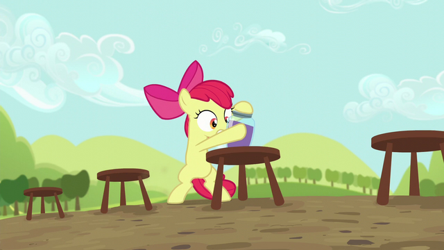 File:Apple Bloom straightens grape juice jar S5E17.png