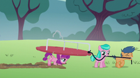 Super-strong filly helps with merry-go-round S5E18