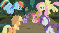 Pinkie's friends apologize to her S1E10