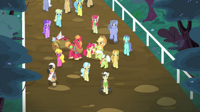 File:Ponies walking S4E20.png