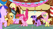Pinkie Pie partying S1E5