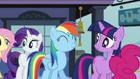 Rainbow Dash satisfied S03E12