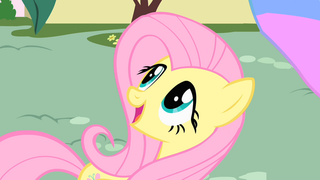 File:Fluttershy amazed by Philomena S01E22.png