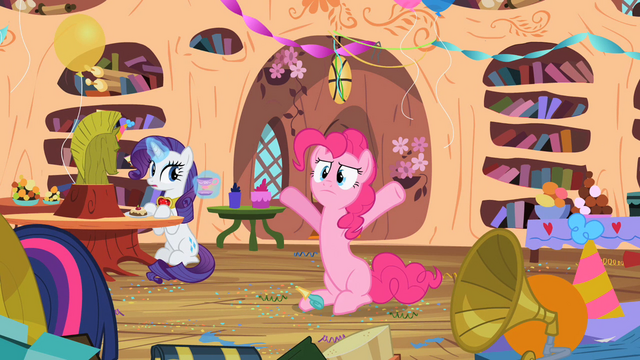 File:Rarity wondering S2E10.png