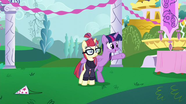 "File:Twilight ""make up for my mistake with a new party"" S5E12.png"