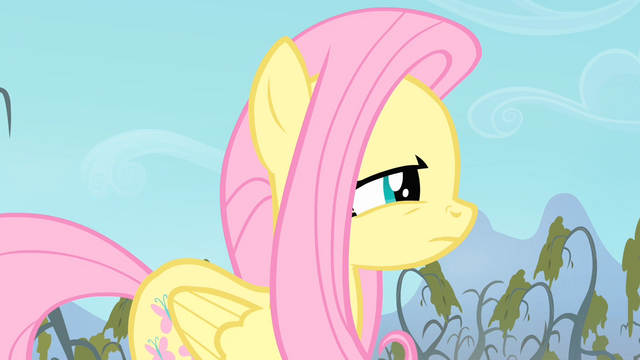 File:Fluttershy sniffing S4E07.png