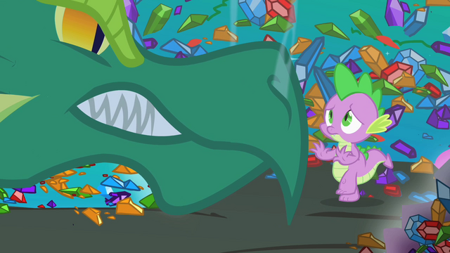 Plik:Green dragon confronting Spike S1E24.png