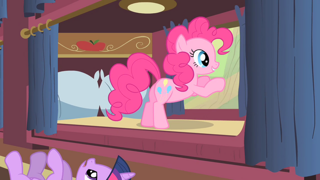 File:Pinkie Pie looking outside the window at buffalo S1E21.png
