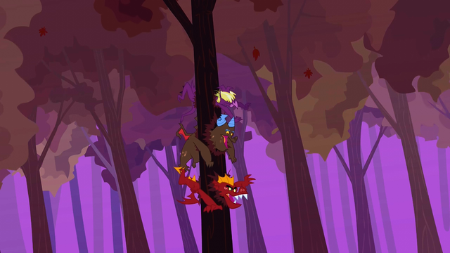 File:Garble and his friends hit tree again S2E21.png