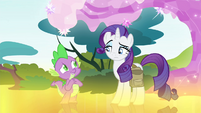 Spike happy that Rarity's back to normal S4E23