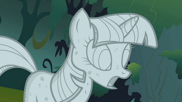 File:Twilight Sparkle stone closeup S01E17.png