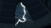 Lightning strikes S6E2