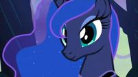 Luna closeup S3E6