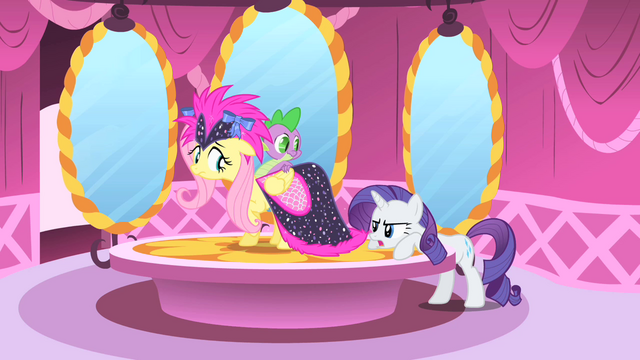 File:Rarity spots a bad stitch S1E20.png