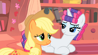 Rarity and Applejack understanding smile S1E08