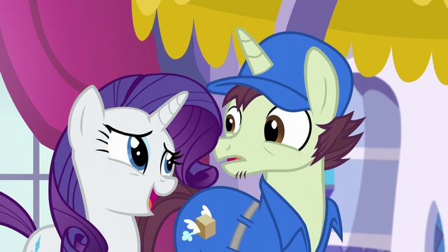 File:Rarity charms the mailpony S5E15.png