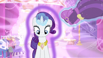 Rarity hey what's this S3E13