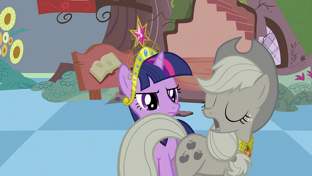 File:Applejack walking in front of Twilight S2E02.png