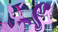 "Twilight ""something strange is definitely going on"" S6E16"
