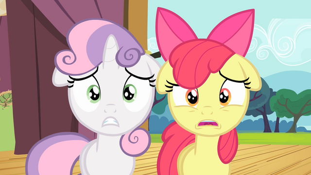 File:Sweetie Belle and Scootaloo shocked S4E05.png