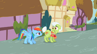 Rainbow Dash with Granny Smith S2E08