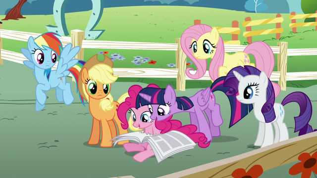 """File:Twilight """"take a look on the back"""" S5E19.png"""
